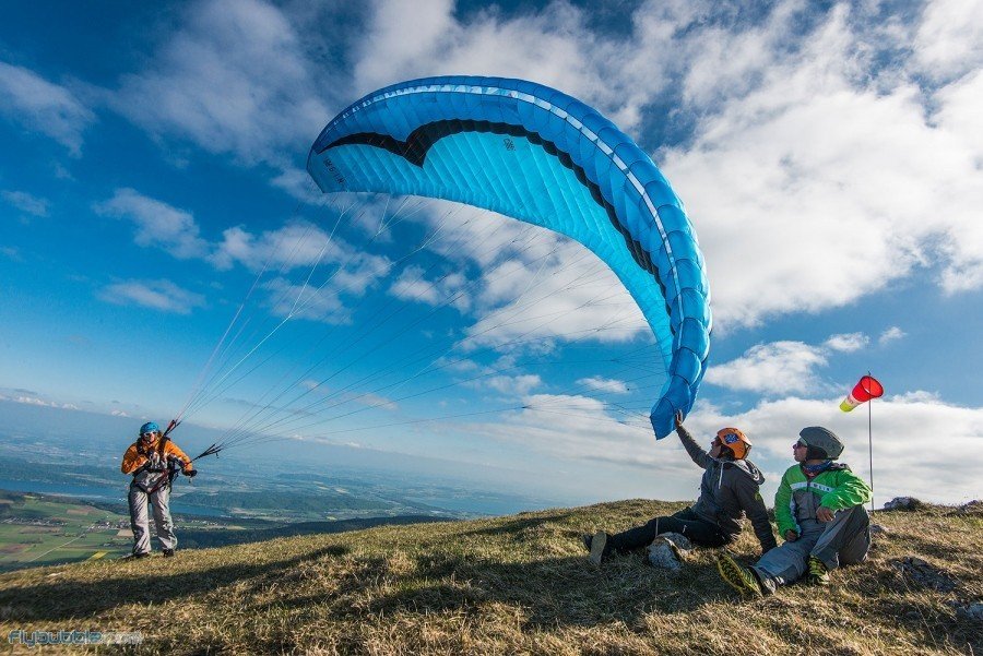 Learn to Fly like a bird! Beginner Courses in the Sunshine
